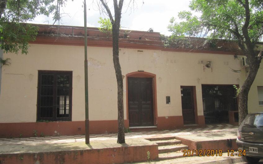 Casona Centrica calle 3 de Febrero, entre 12 de Abril y San Martín-  restaurada,  actualmente Restobar.