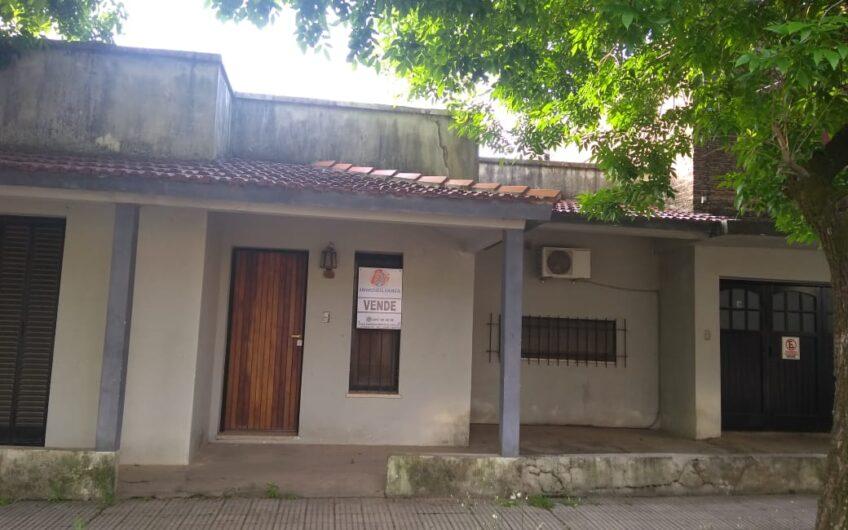 UNICA- En Colón 35% OFF- Casa centrica-Oportunidad de valor