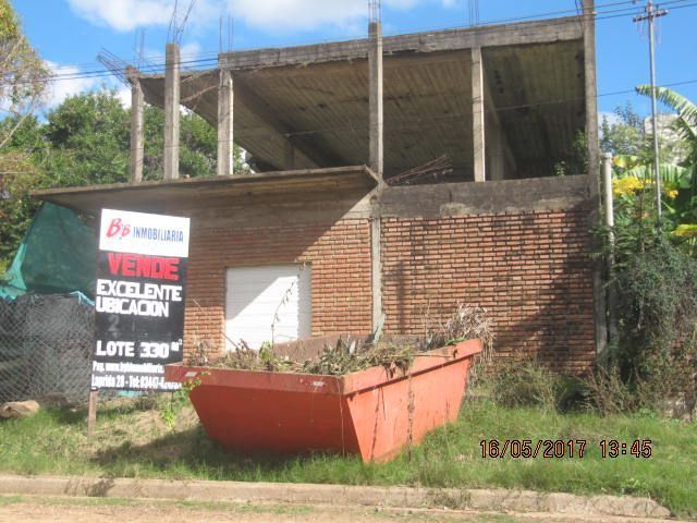 Construcción en zona Parque y Balneario.